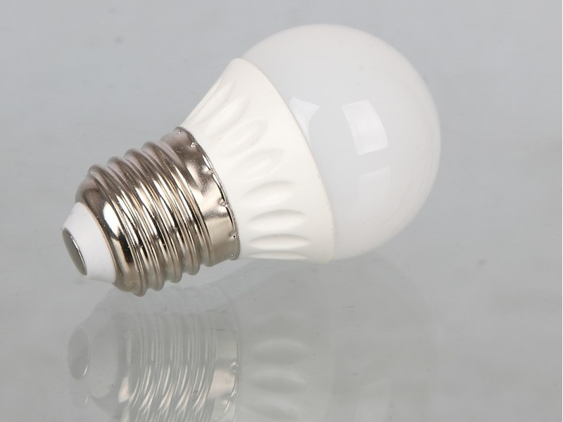 3W LED Globe Shaped E27 Edison Screw Bulb